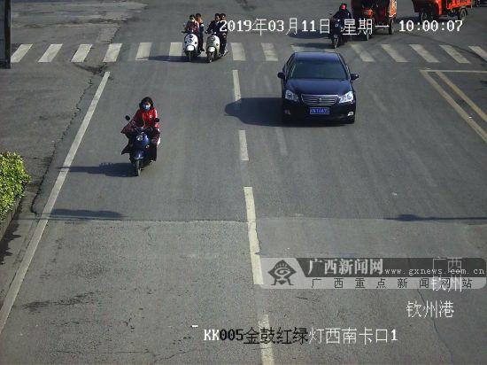 钦州:电动车撞人还抵赖 天网还原事故真相(图)