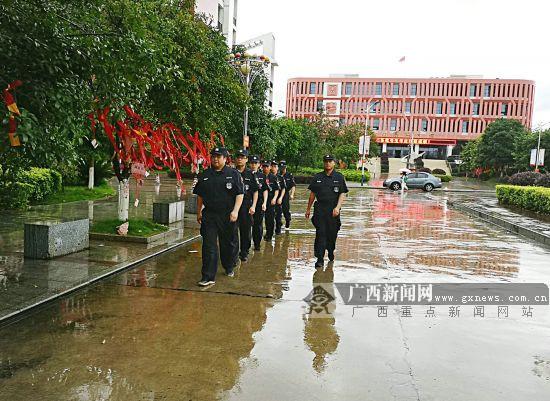 高考在即 賀州平桂警方為考生守安寧(圖)
